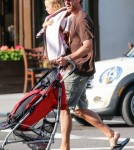 Jason Hoppy & Daughter Bryn Out For A Walk In New York