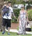 Exclusive... Picnic Day for Pink and Family