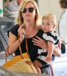 Reese Witherspoon Takes Tennessee To The Doctor