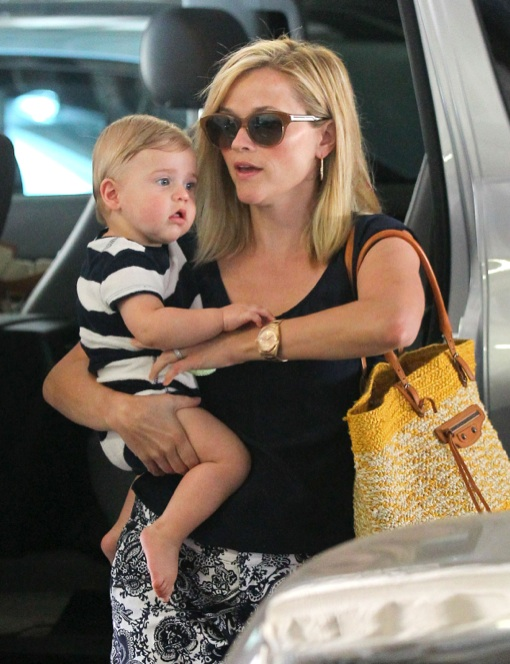 Reese Witherspoon Takes Tennessee For a Check-Up