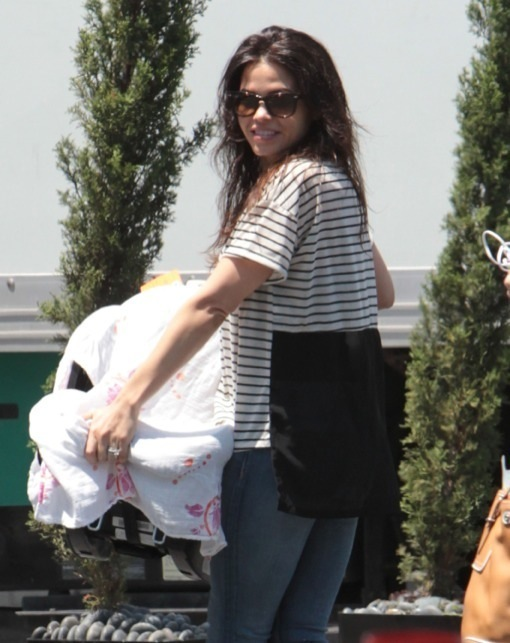 Semi-Exclusive... Jenna Dewan Takes Her Daughter To Work
