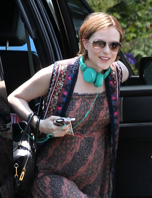 Exclusive... Pregnant Evan Rachel Wood Visits A Friend