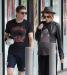 Exclusive... Pregnant Evan Rachel Wood & Jamie Bell Stop By A Grocery Store