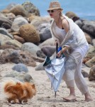 Gwen Stefani Takes Her Boys To The Beach In Malibu