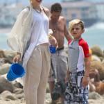 Gwen Stefani: Malibu Beach Fun With Her Boys