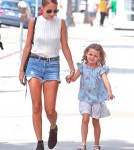 Nicole Richie Goes Shopping With Harlow