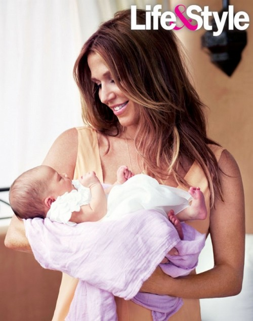 Poppy Montgomery Introduces Her New Daughter Violet Grace To The World (PHOTO)