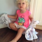 """Jessica Simpson Tweets A Photo Of Her Adorable """"Mini-Me"""" Daughter Maxwell Drew"""