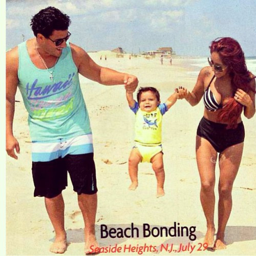 Snooki: New Jersey Beach Bonding With Family