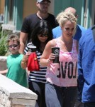 Britney Spears Lunches With Her Family