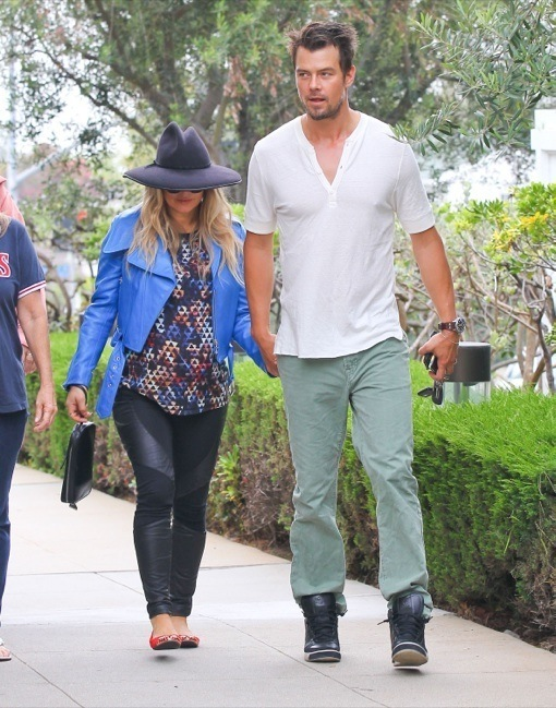 Fergie Rocks Bump In Stylish Outfit While Attending Church