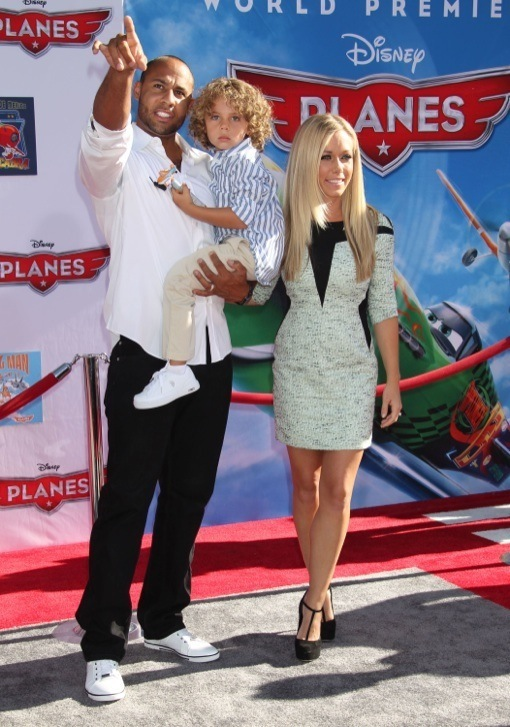 Kendra Wilkinson & Family Attend Disney's Planes Movie Premiere