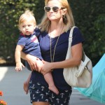 Reese Witherspoon & Tennessee: Toy Shopping Duo