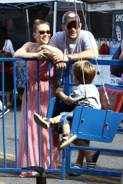 Alyssa Milano Farmers Market Day With Family Celeb Baby