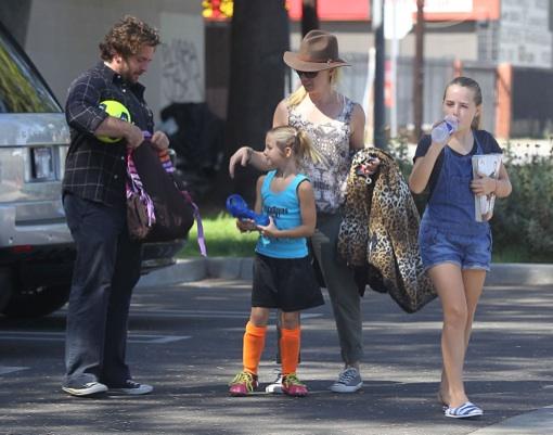 Jennie Garth Takes New Boyfriend To Daughter Fiona's Soccer Game