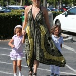 Jennifer Lopez & Casper Smart Take Her Twins to the Bookstore