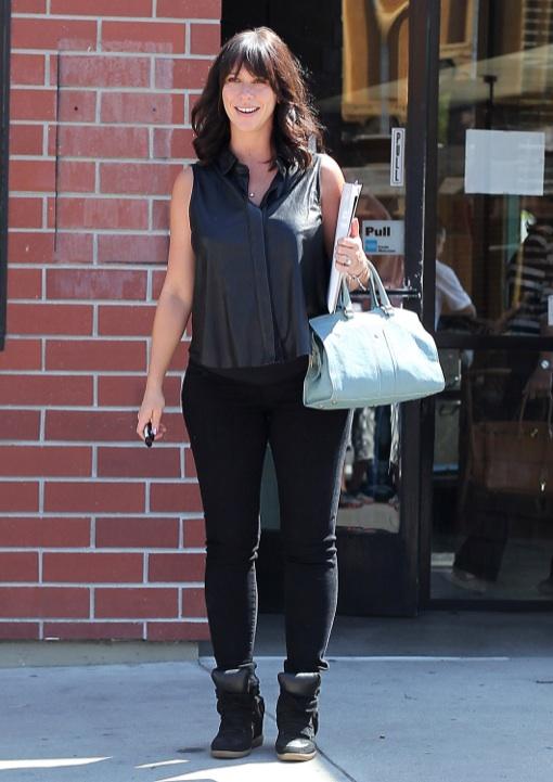 Jennifer Love Hewitt's Fashionable Pregnancy