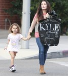 Kyle Richards And Daughters Stop By Her Store In Beverly Hills