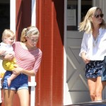 Reese Witherspoon: Saturday Country Mart Day With Ava & Tennessee