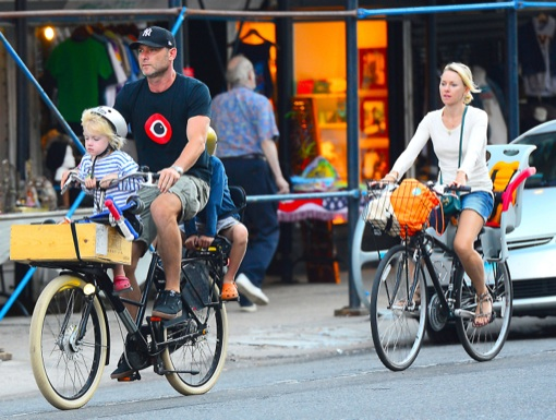 Liev Schreiber & Naomi Watts Enjoy a Big Apple Bike Ride With Their Kids