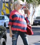 Pregnant Gwen Stefani & Family At A Party In Hollywood