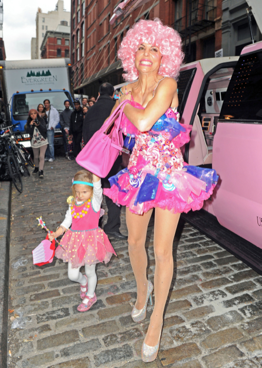 Bethenny Frankel Throws A Princess Themed Halloween Party