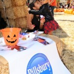Christina Milian & Violet Decorate Cookies at the Pillsbury Make Halloween Sweet Event