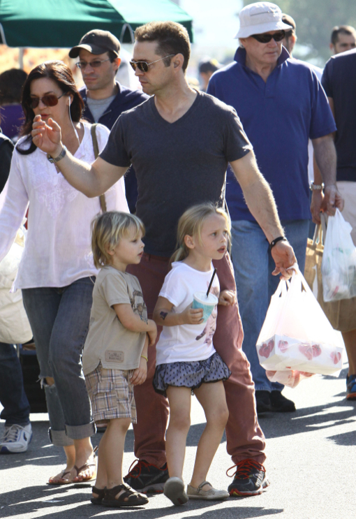 Jason Priestley: Famers Market Day With His Kids