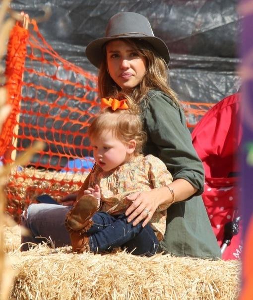 Jessica Alba & Daughters Visit Mr. Bones Pumpkin Patch