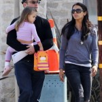 Matt Damon & Wife Pick Up Stella From School