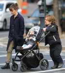 Peter Dinklage & Family Out For A Stroll In New York