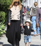 Pregnant Rachel Zoe Stops For Froyo With Skyler