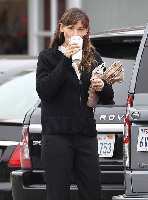Jennifer Garner Picks Up Her Morning Coffee