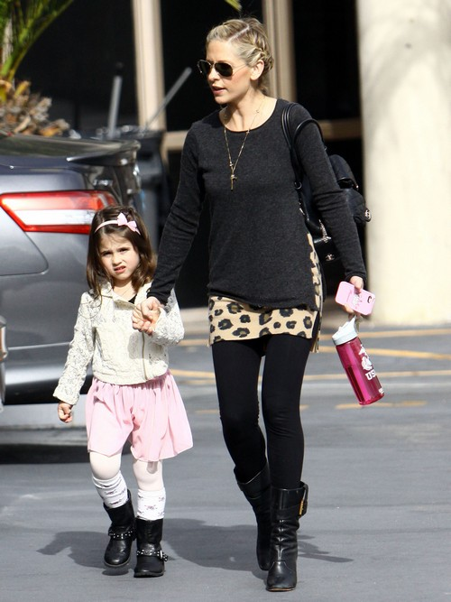 Sarah Michelle Gellar Has A Fun Day Out With Her Daughter