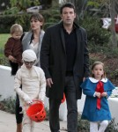 Ben Affleck & Jennifer Garner Take Their Kids Trick-Or-Treating