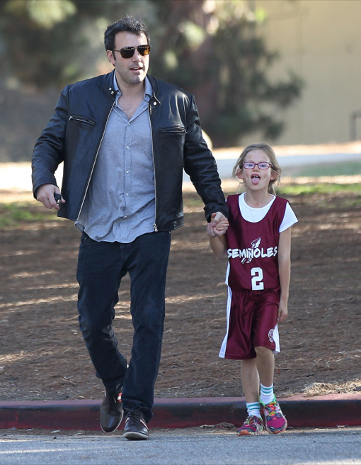Ben Affleck Takes Daughter Violet To Her Basketball Game