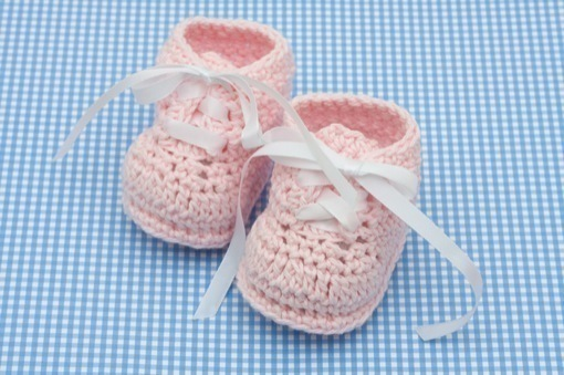 DIY Baby Shower Gifts - Baby Booties