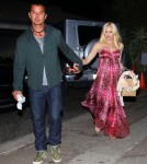 Pregnant Gwen Stefani & Gavin Rossdale At A Baby Shower