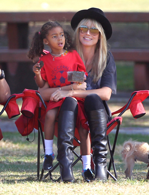 Heidi Klum Watching Her Kids Play Soccer
