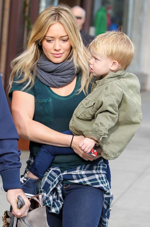 Hilary Duff And Family Out For Breakfast