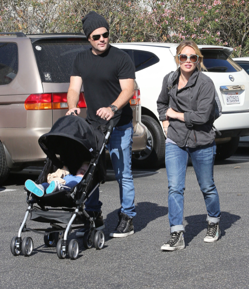 Hilary Duff & Family Stop By The Farmers Market