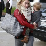 Hilary Duff & Mike Comrie Take Luca Christmas Shopping