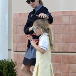 Jennifer Garner: Frozen Yogurt Day With Her Girls