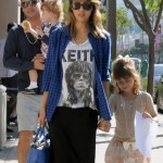 Jessica Alba & Family Catch Saturday Lunch