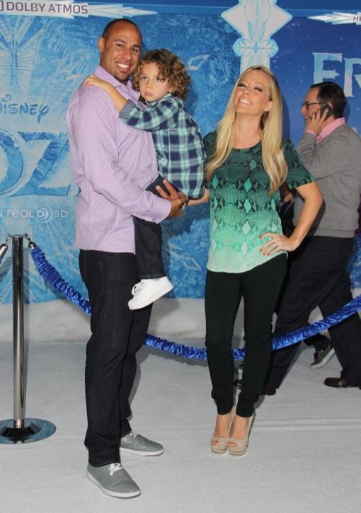 Kendra Wilkinson & Family Walk the White Carpet at Disney's Frozen Premiere
