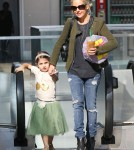 Sarah Michelle Gellar Takes Charlotte To A Birthday Party