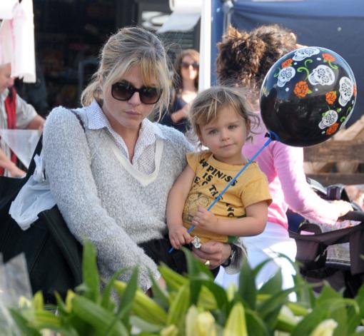 Selma Blair & Her Son At The Farmer's Market
