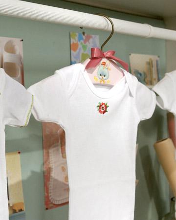 DIY Baby Shower Gifts – Decoupage Hanger