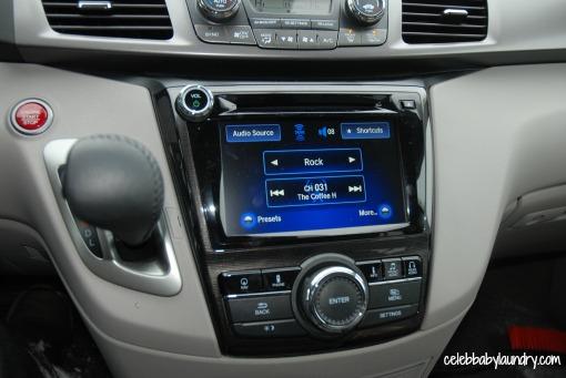 2014-Honda-Odyssey-15