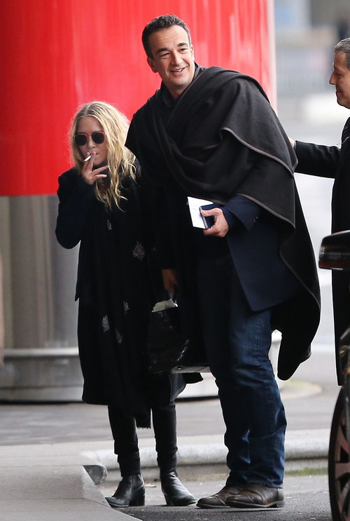 Exclusive... Mary-Kate Olsen & Olivier Sarkozy Fly Out Of Paris - No Internet Use Without Prior Agreement